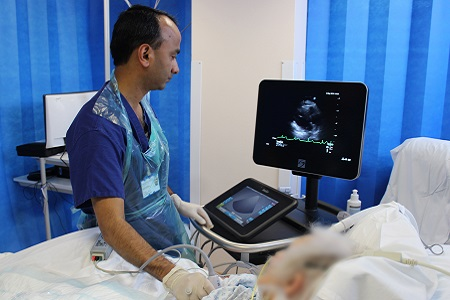 Using Point-of-Care Ultrasound To Train The Intensivists Of The Future