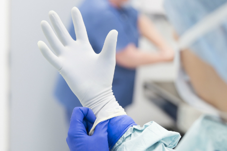 Survey of surgeons highlights importance of high quality surgical gloves